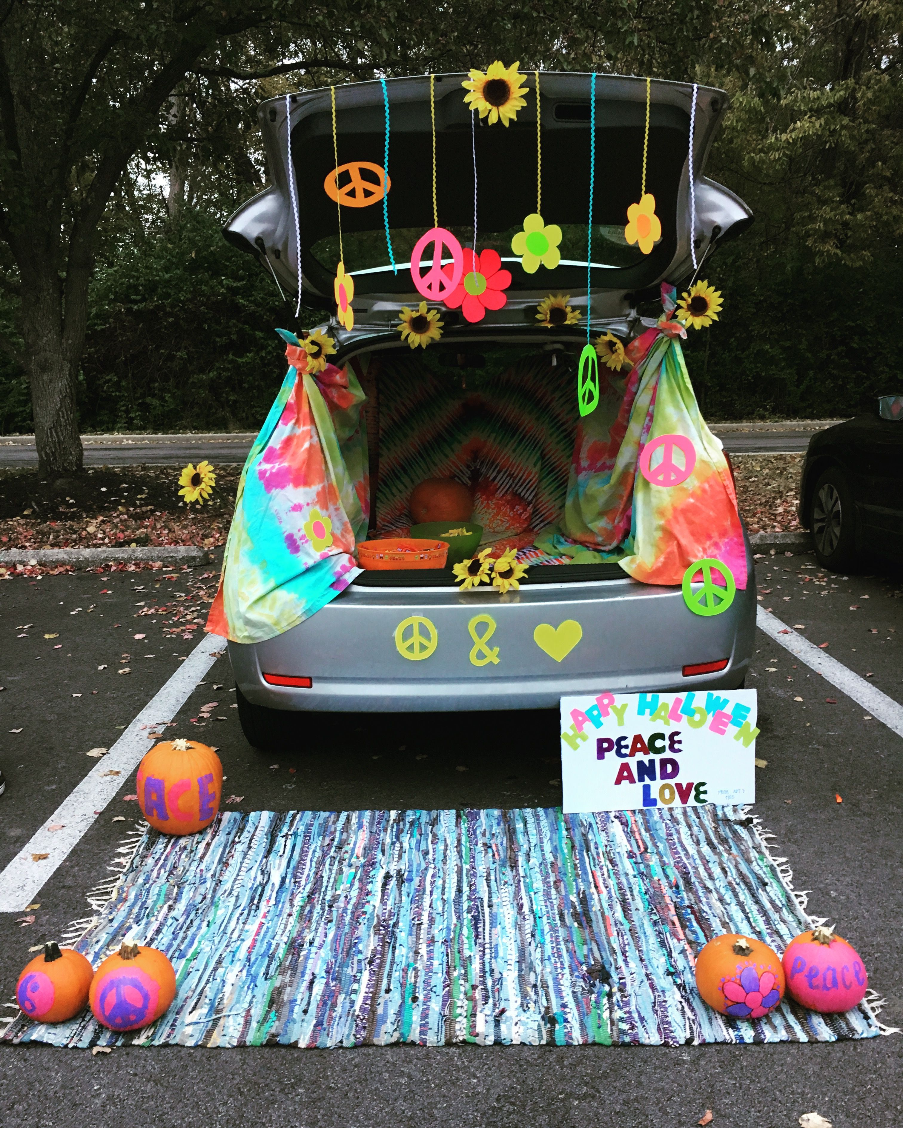 Hippie trunk or treat Trunk or treat, Truck or treat