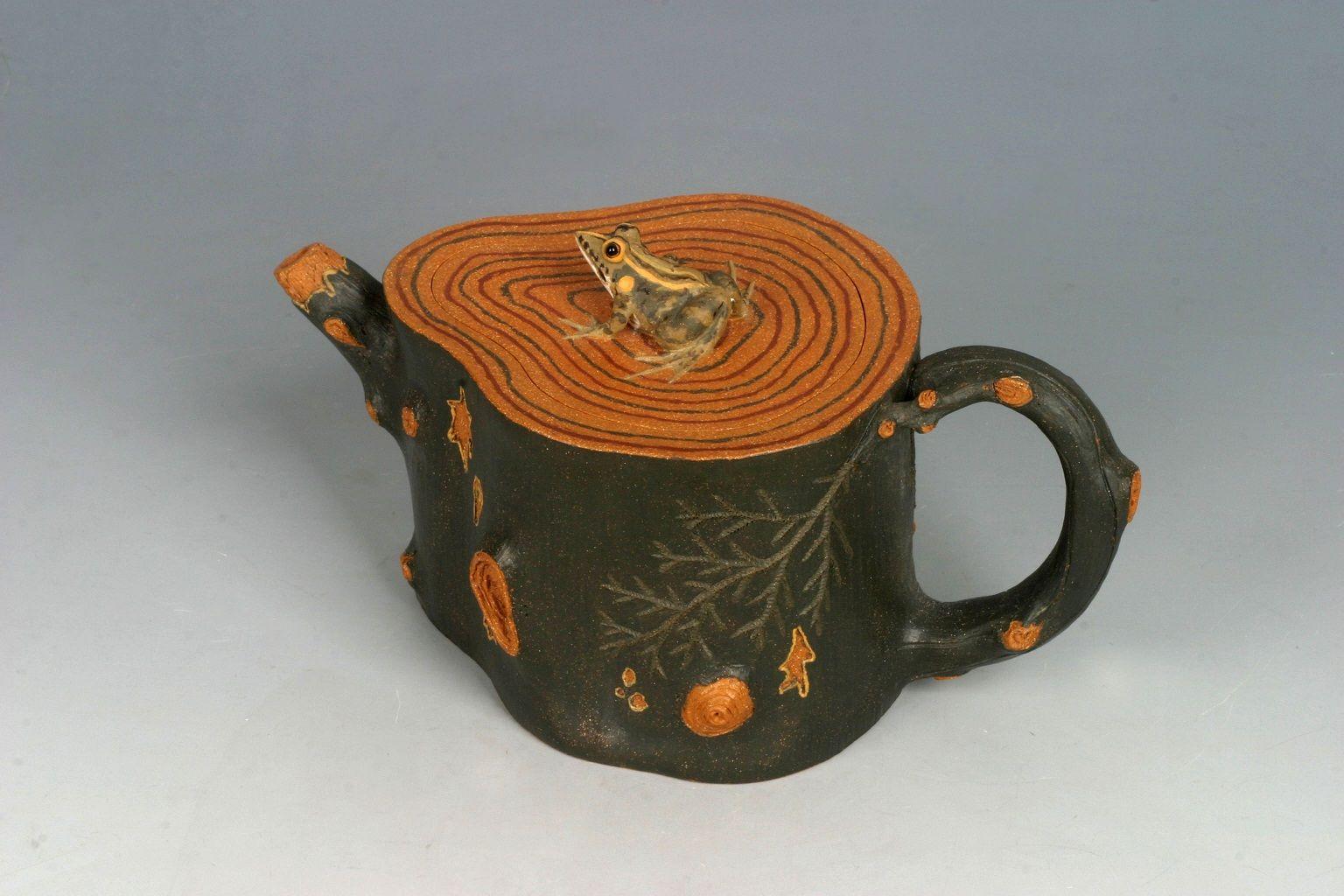 Tree Stump With Frog By Chen Min Jun Tea Pots Art Teapots
