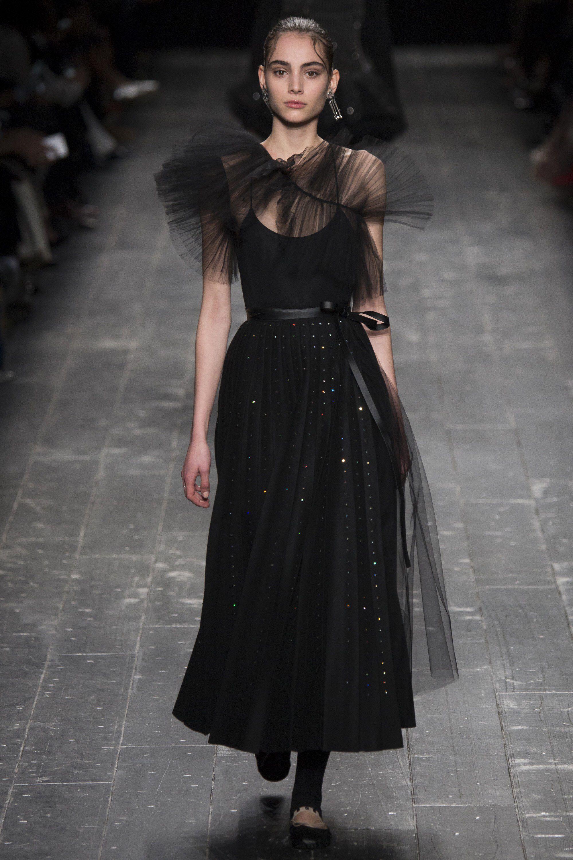 Valentino - Fall 2016 Ready-to-Wear