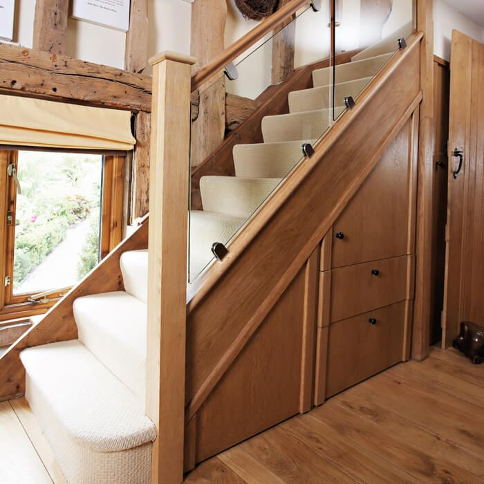 Luxury Oak And Glass Staircase