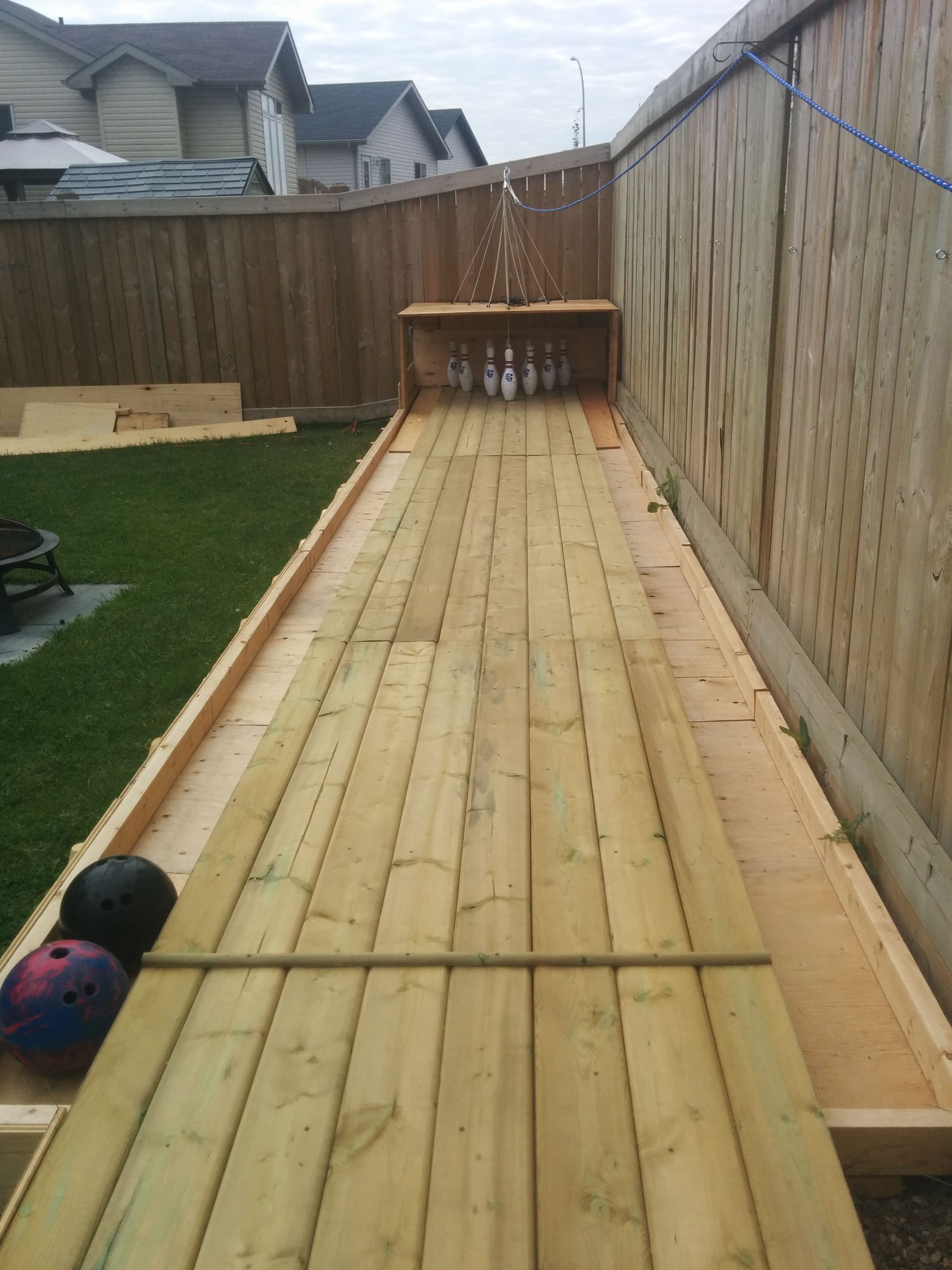 Amazing DIY Wood Backyard Bowling Alley U2022 1001 Gardens