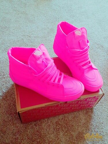6fd242298a Neon pink High top vans