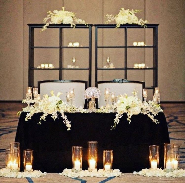 Black And White Sweet Heart Table Decor