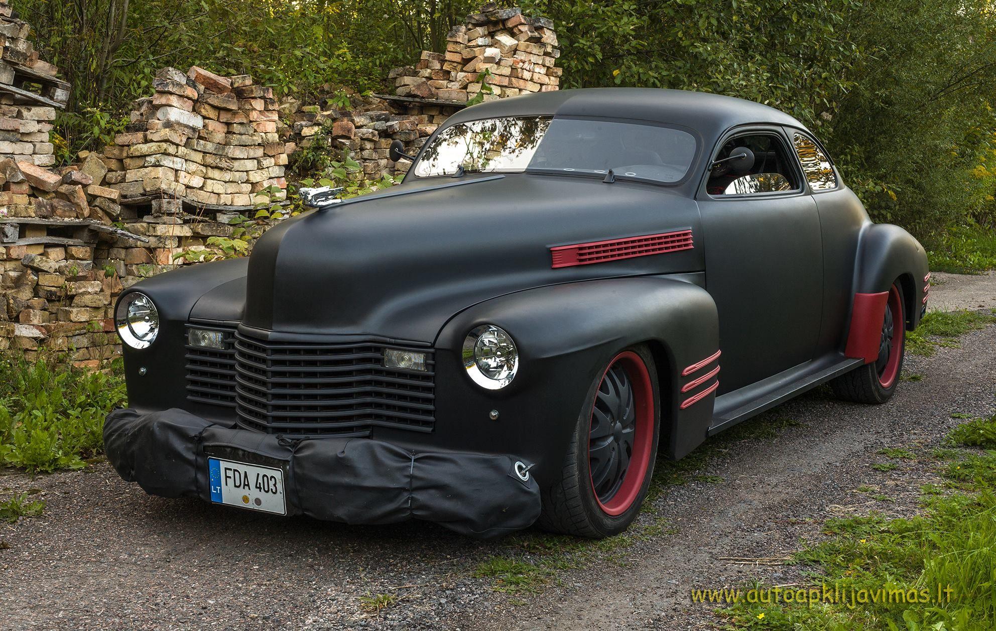 My kind of car ;) Prefer this better than some Ferrari or Lamborghini ...