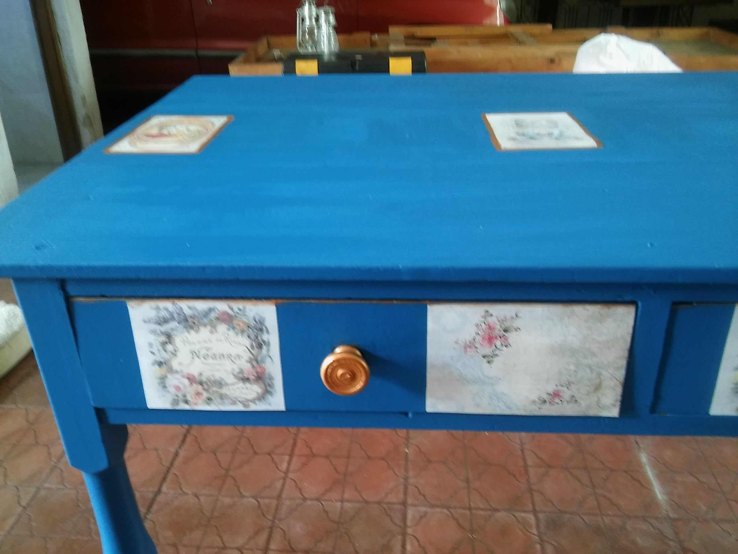 Decoupage Tavolo ~ Old table made by my great grandfather painted and reconditioned