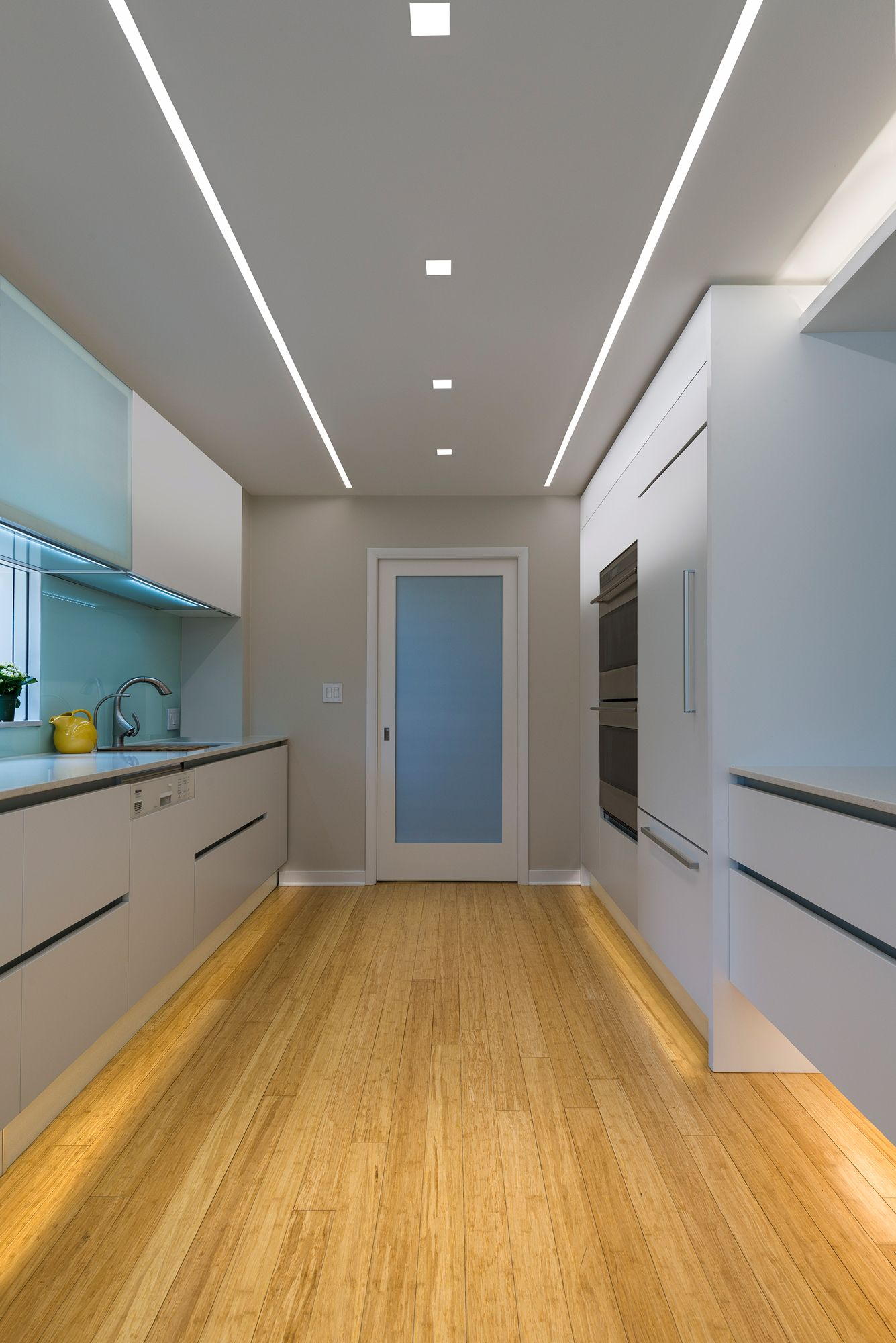 Aurora Square, Reveal Wall Wash, And LED Softstrip Make This Modern Kitchen  Design Complete. The Lighting Perfectly Offsets The Modern Italian Cabinetry