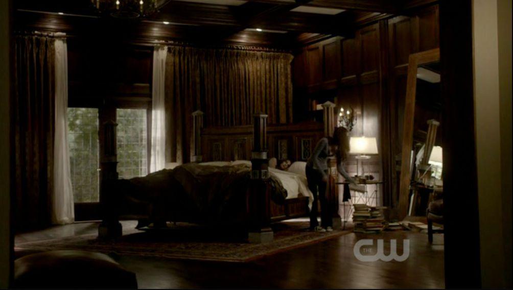 Damon Salvatore's Bedroom & Bathroom