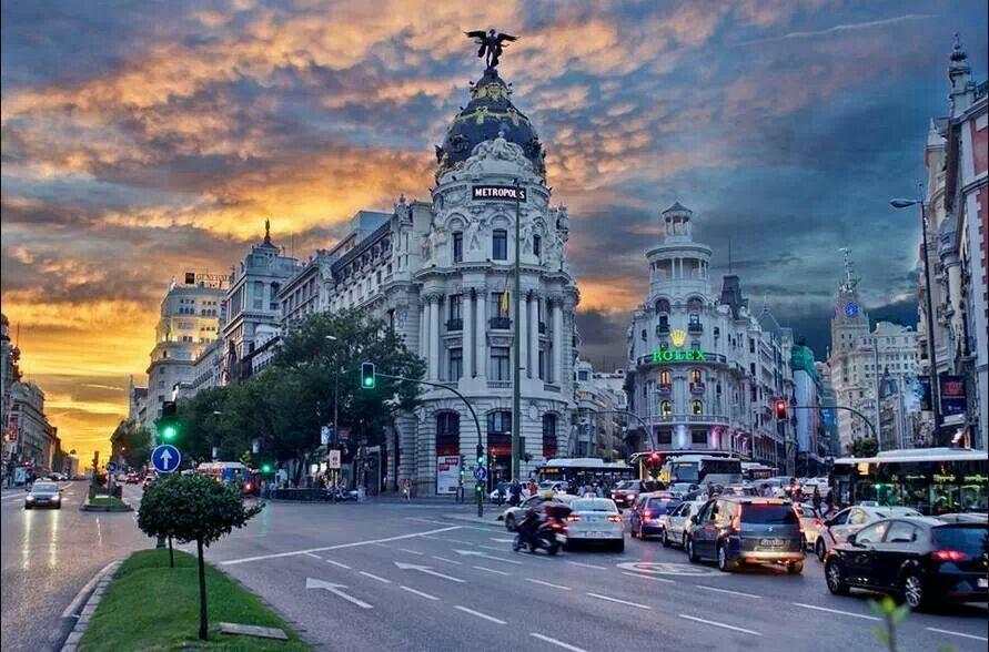 Madrid. Calle Alcalá con Gran Vía.