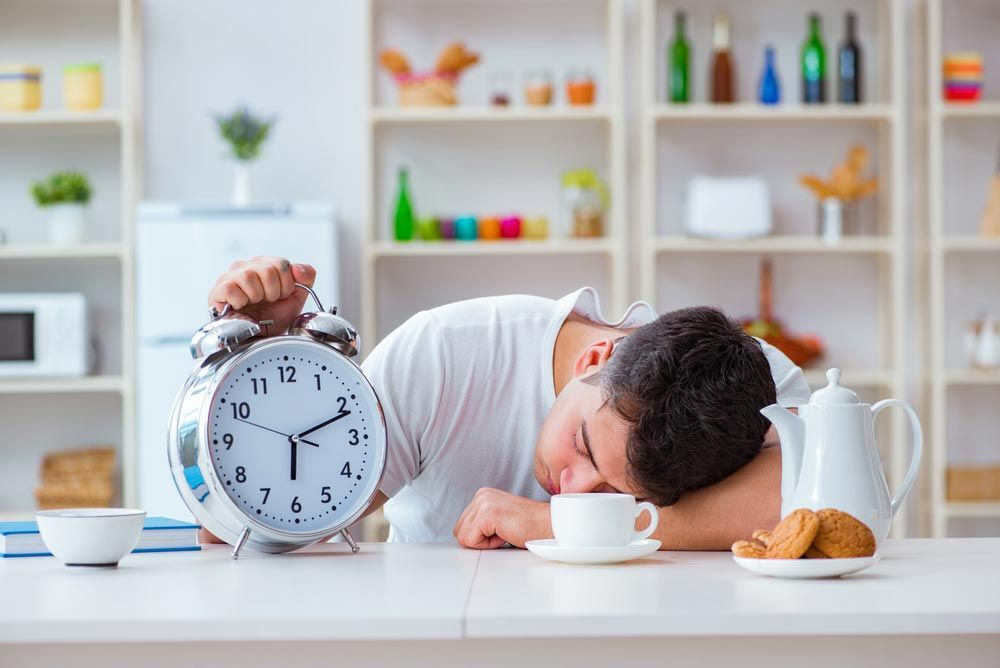 5 Reasons You Feel Sleepy Less Productive After A Meal Feeling Sleepy After Eating Feeling Sleepy Sleepy After Eating
