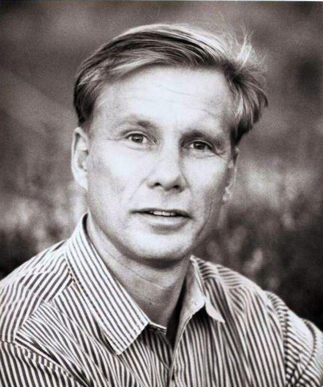 Kai Wulff (- -)