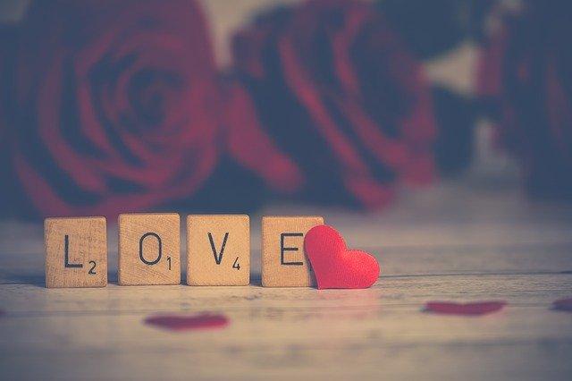 voyance rencontre amoureuse gratuite)