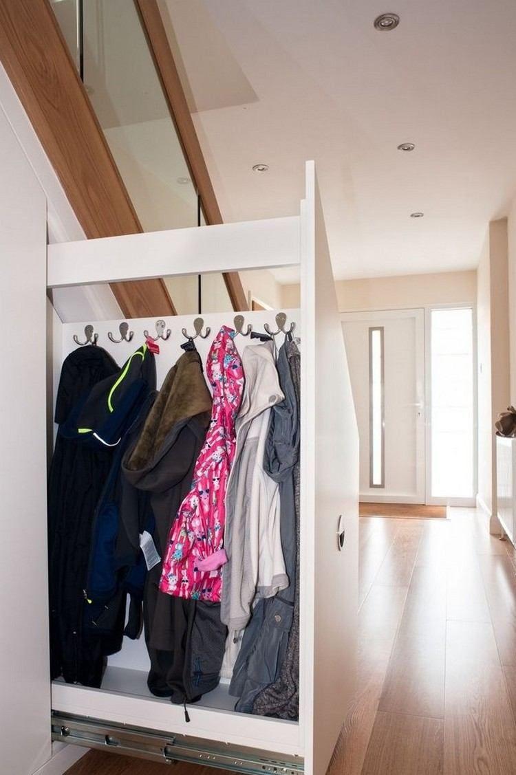 rangement sous escalier: 70+ idées pour mieux organiser l'espace
