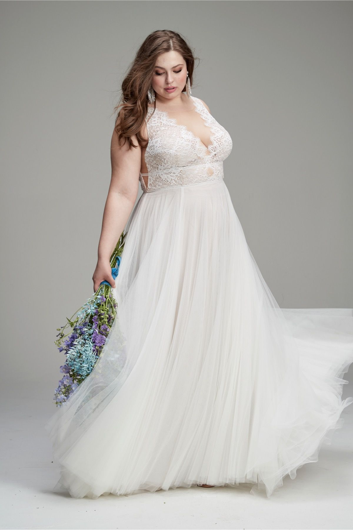 Delena Is Perfectly Fitted From All Angles With Romantic Details That Never End Cascading Buttons Down The Plus Size Wedding Gowns Perfect Dress Bride Dress [ 1801 x 1200 Pixel ]