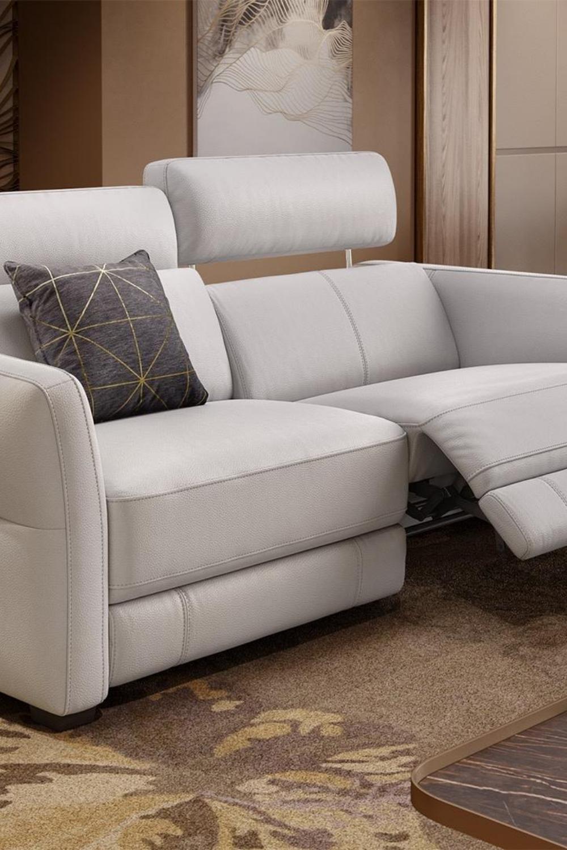 3 Sitzer Sofa Aus Weissem Leder Moderne Designersofas Aus Hochwertigem Leder In Italienischem Stil In 2020 Sofa Design 3 Sitzer Sofa Modernes Ledersofa