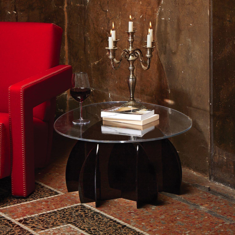 Cerco Tavolino Da Salotto Usato.Tavolino Soggiorno Design In Plexiglass Atlante Atlante E Un Tavolino Soggiorno Molto Particolare Ed Originale Rea Tavolino Da Caffe Tavolini Design Moderno