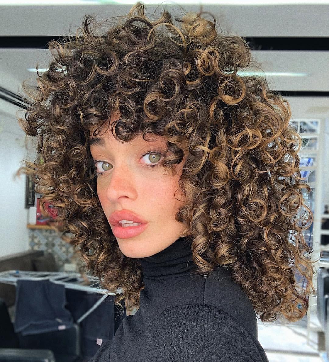 51 9 Tys Otmetok Nravitsya 408 Kommentariev Eden Fines עדן פינס Edenfines V Instagram New H In 2020 Curly Hair Styles Hair Styles Curly Hair Styles Naturally