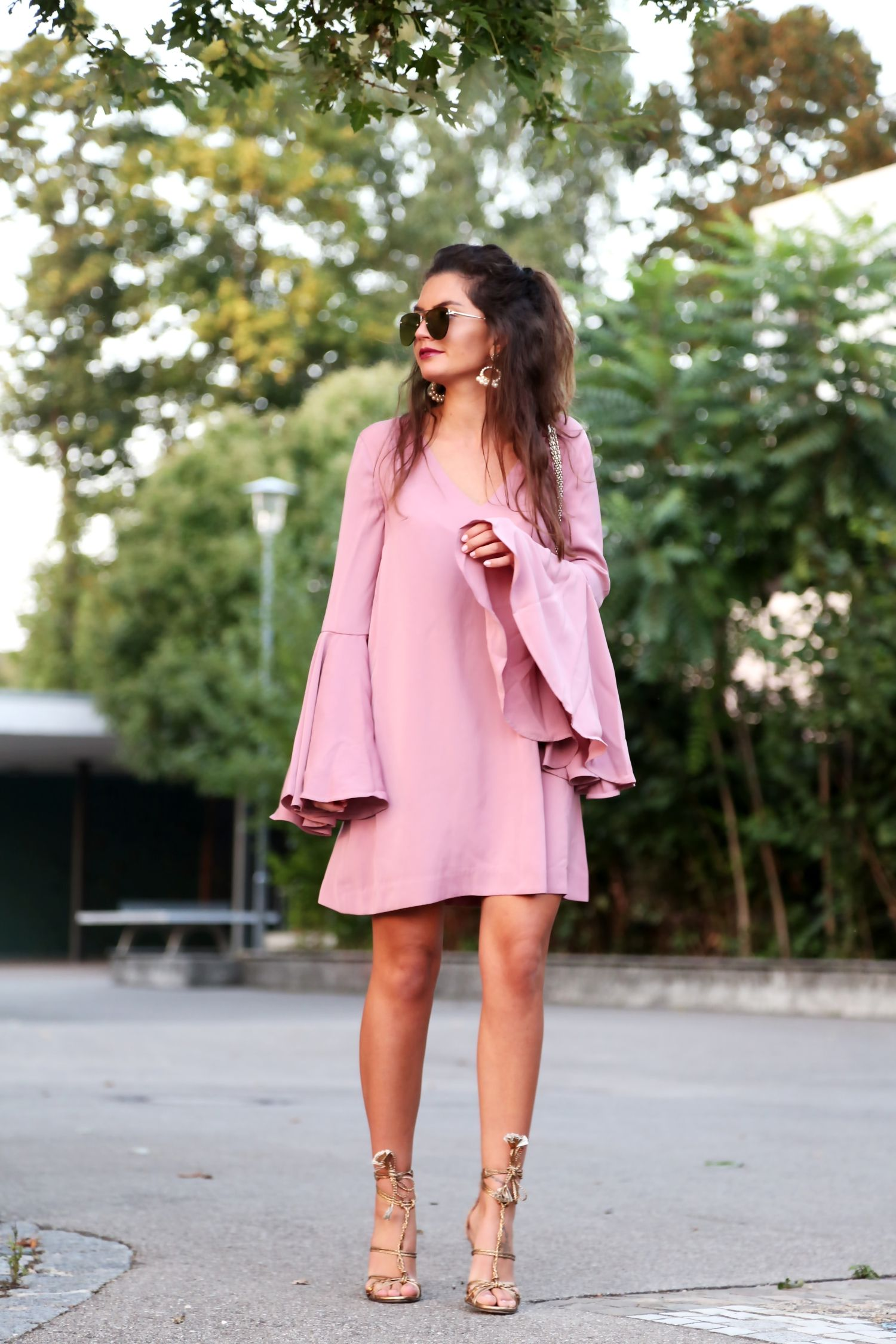 FashionHippieLoves. Pink belt sleeves dress+golden lace up heeled sandals+natural coloured Valentino Lockstud shoulder bag+gold earrings+sunglasses. Summer Date Outfit 2016