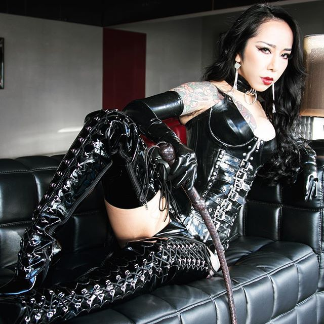 Adult toys and ebony mistress   Adult images)