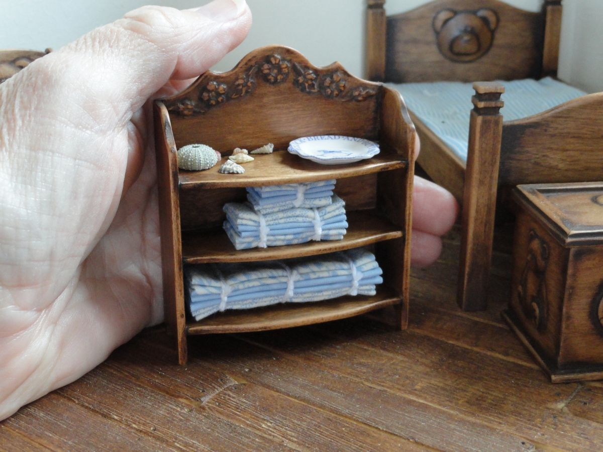 Shelf Unit.  By Lynn of Miniatures perfectly small. https://www.etsy.com/shop/LynnJowers?ref=hdr_shop_menu