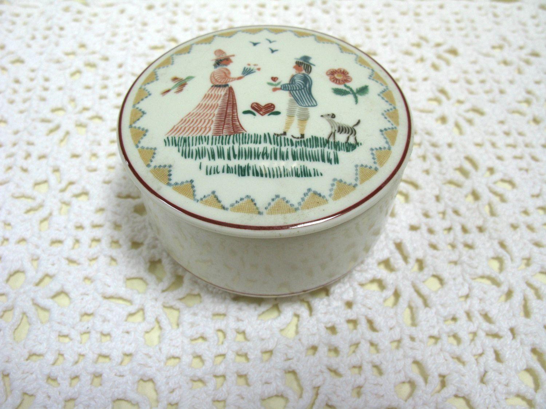 Villeroy And Boch - Villeroy & Boch Box - American Sampler - Candy Box - Bon Bon Dish - Ceramic Box - Ceramic Trinket Stow - Porcelain Box by MissieMooVintageRoom on Etsy