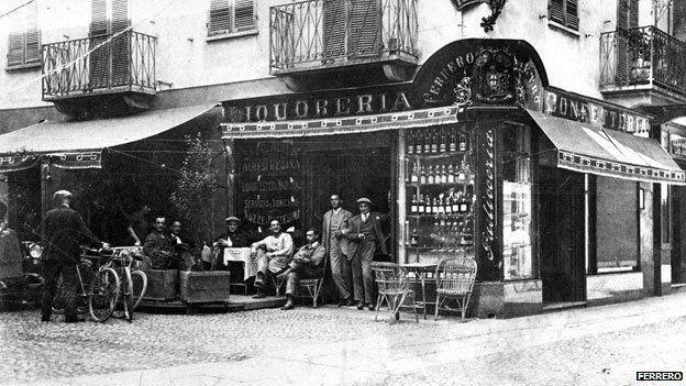 Confeitaria em Alba, Itália, onde, nos anos 40, Pietro Ferrero inventou a Nutella.