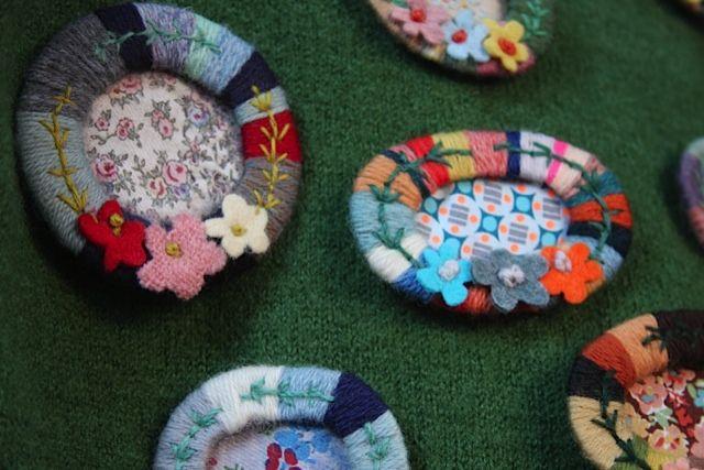 broche laine