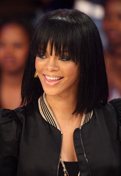 Rihanna+BET+106+Park+Presents+Queen+Latifah+SV4JXhGuEEdl.jpg 408×594 pixels