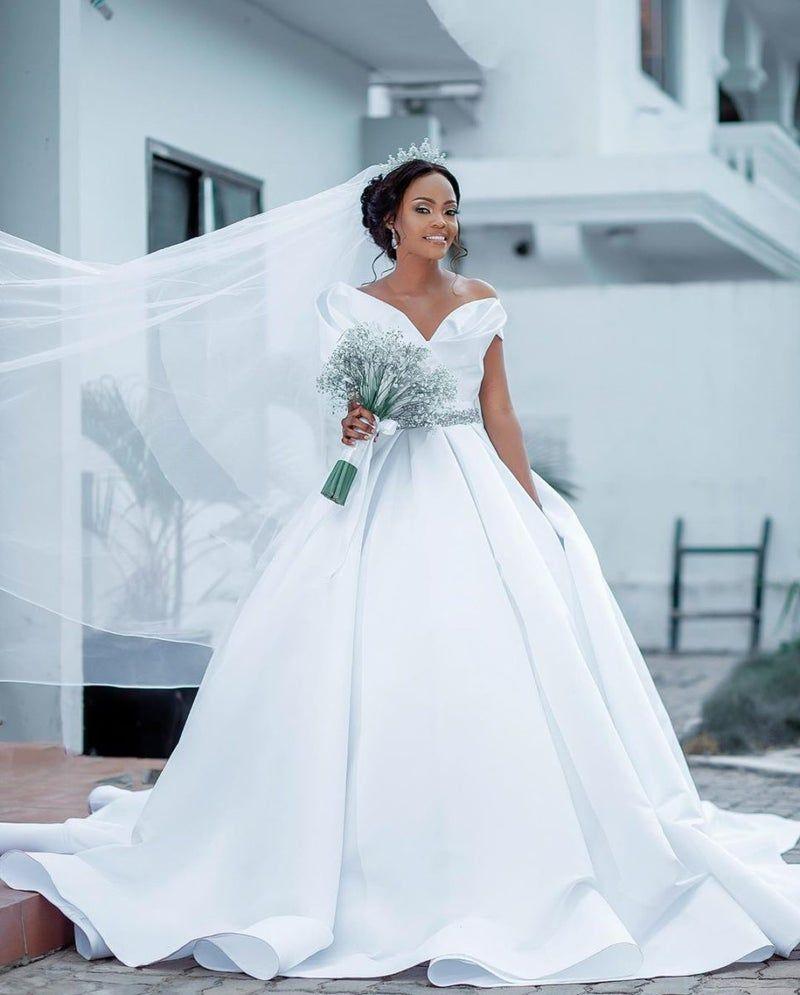 The Best Dressed Black Brides This Wedding Season Black Bride Black Wedding Dresses White Wedding Gowns [ 995 x 800 Pixel ]