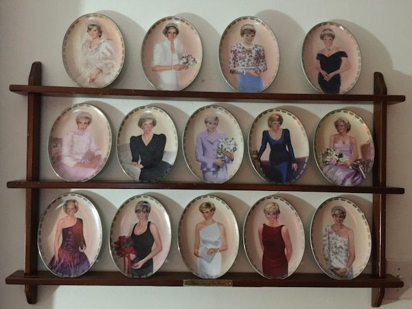 Used Princess Diana collector plates + Rack originals by Bradford Exchange All Numbered. for sale in Fredericksburg #plateracks