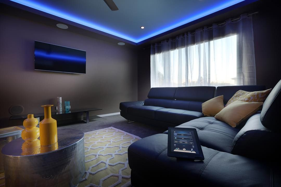 Get Cosy And Watch All Your Favourite Movies In Your Very Own Media Room Dramatic Painted Walls With Led Lighting For A Cinema Media Room Home Decor Home