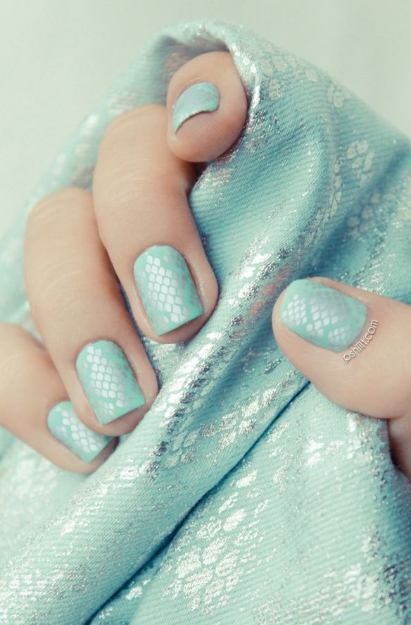 Mint Candy Apple by Essie // Python des mers ! | Verde menta, Menta ...
