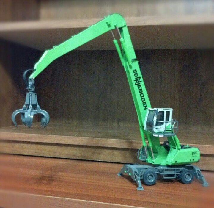 NZG 1:50 Scale Sennebogen 835 Material Handler