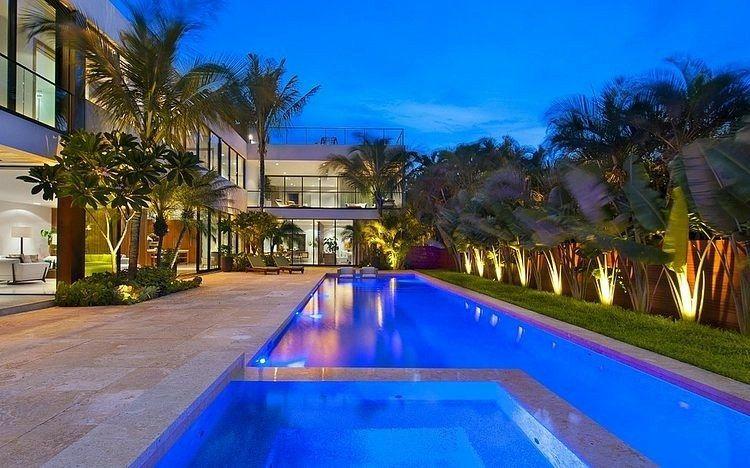 Aménagement jardin avec piscine 75 idées pour s\u0027inspirer Villa - amenagement bord de piscine