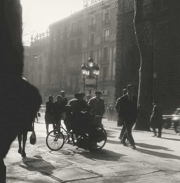 Street scene Rambla, Barcelona, 1968, Jeanne Mandello. Germany (1907 - 2001) (Source:  Jeanne Mandello  )
