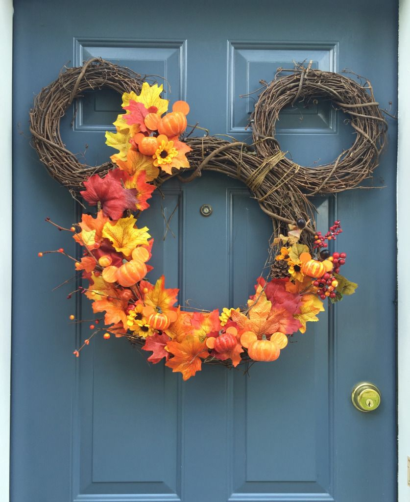 Diy fall mickey wreath wanderings and wonderings Fall autumn door wreaths