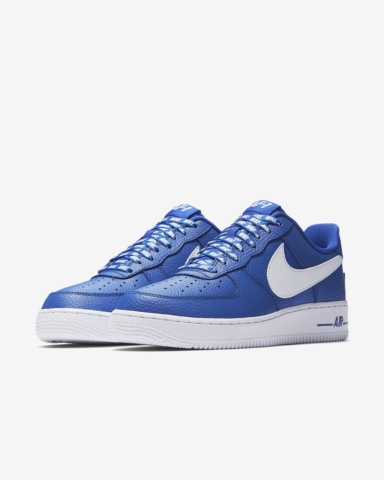 newest 29119 258c6 Chaussure Nike Air Force 1 Low 07 NBA pour Homme