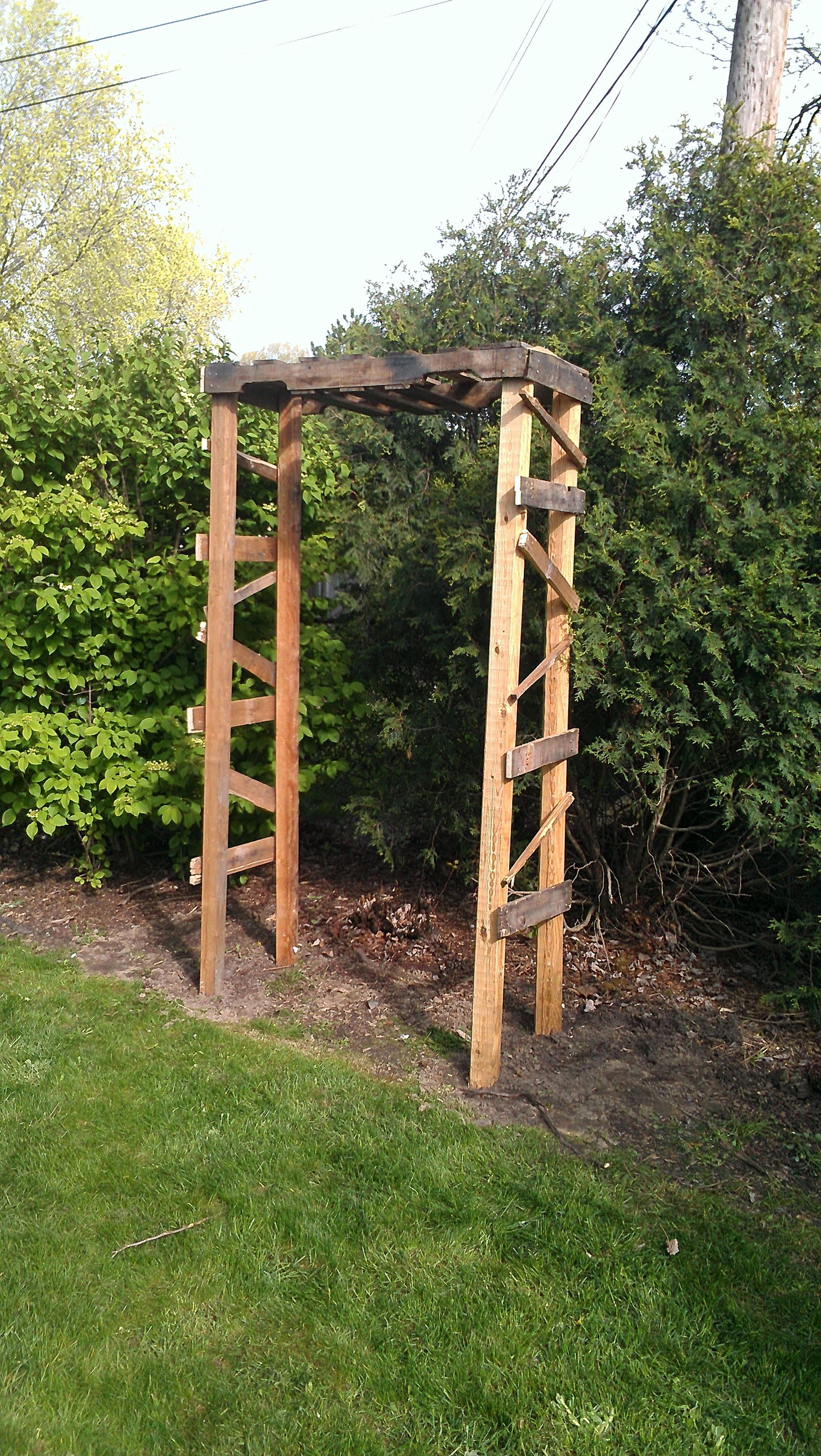 The Garden Arbor Hubby And I Made From A Pallet And Some
