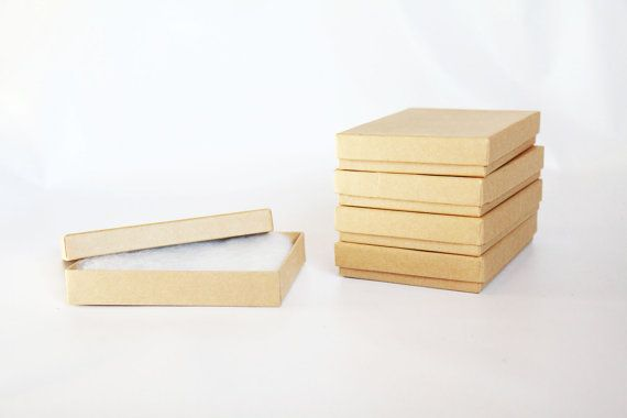 10 Kraftfelder Gefullt Mit Baumwolle 5 1 4 X 3 3 4 X 7 8 Etsy Kraft Boxes Print Box How To Make Box