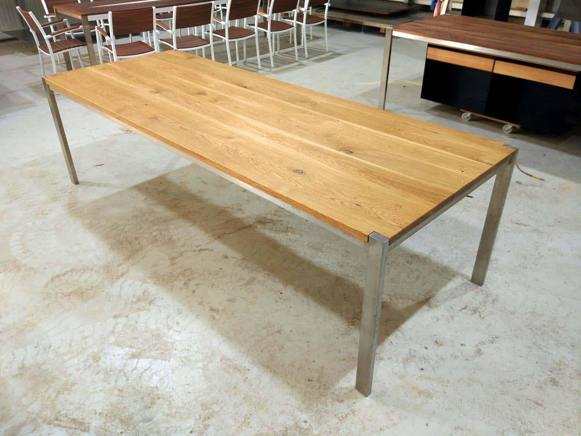 Tisch Ferrum 003 Holz Metall Eiche Esstisch Gartentisch