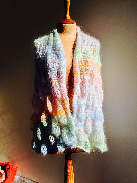 Camino Bubbles pattern by Kieran Foley