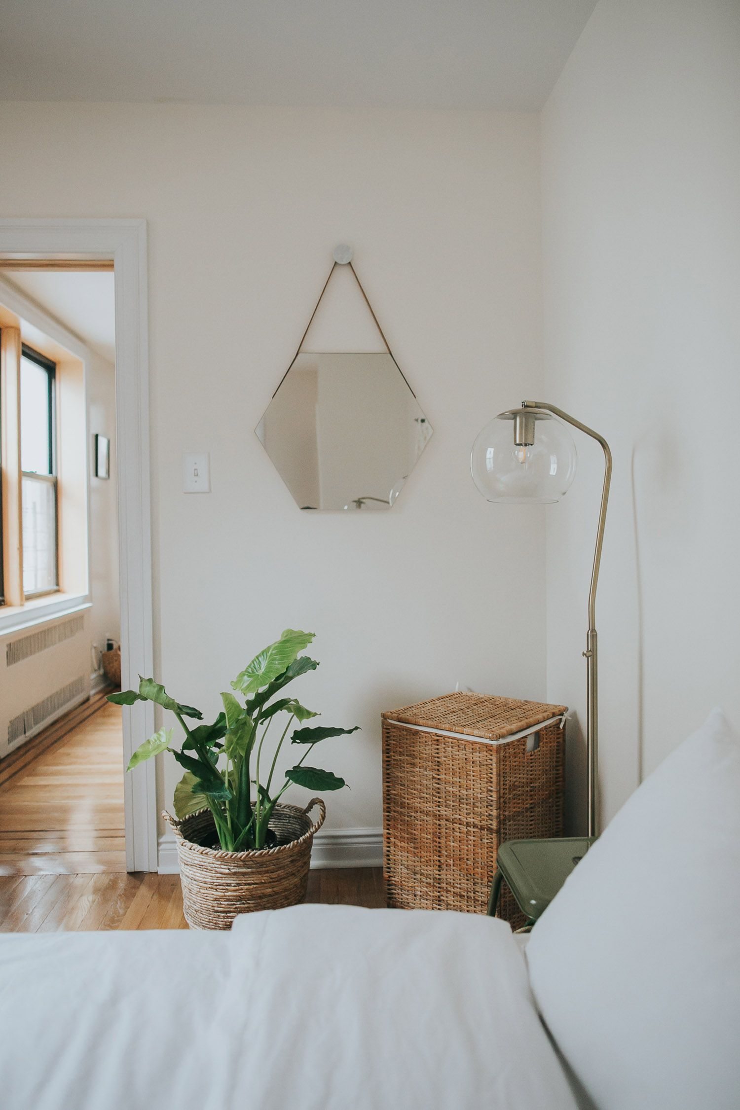 Home Tour — Hailey Andresen | apartment | Pinterest - Slaapkamer ...