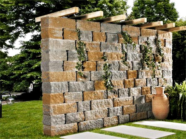 Sichtschutz Zaun Oder Gartenmauer 102 Ideen Fur Gartengest In 2020 Desert Climate Garten Annual Leave
