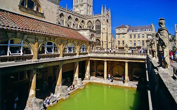 bath | moderno, storia e musei