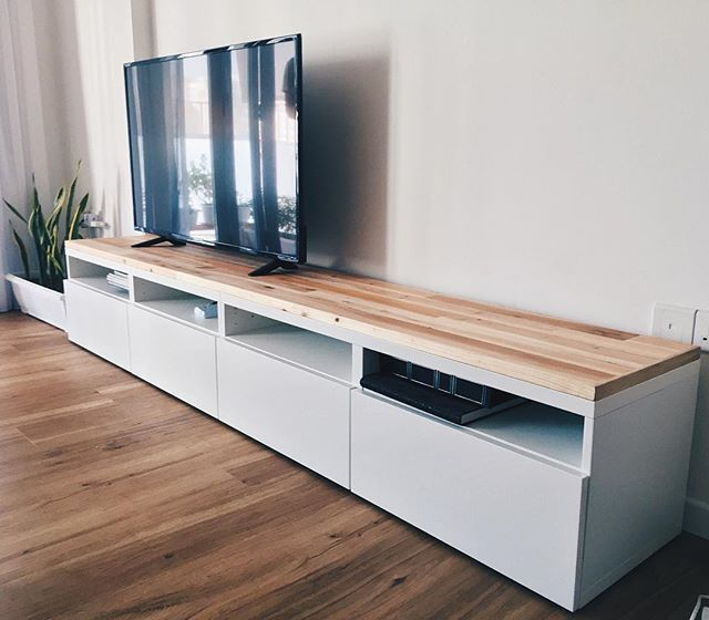 Ikea besta tv console hack using reclaimed pallet wood for Console meuble tv