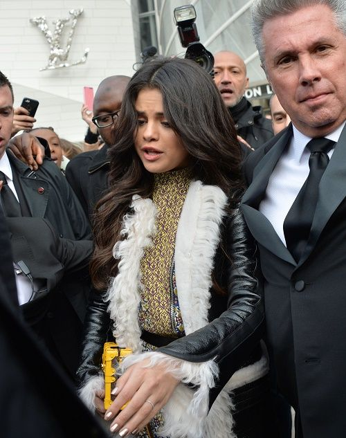 Selena Gomez Spotted With Engagement Ring Marrying Zedd Or Using