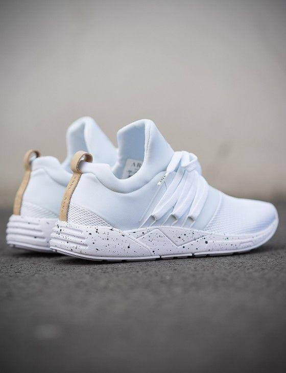 Super leichter ARKK Copenhagen Sneaker in Weiß mit Mesh