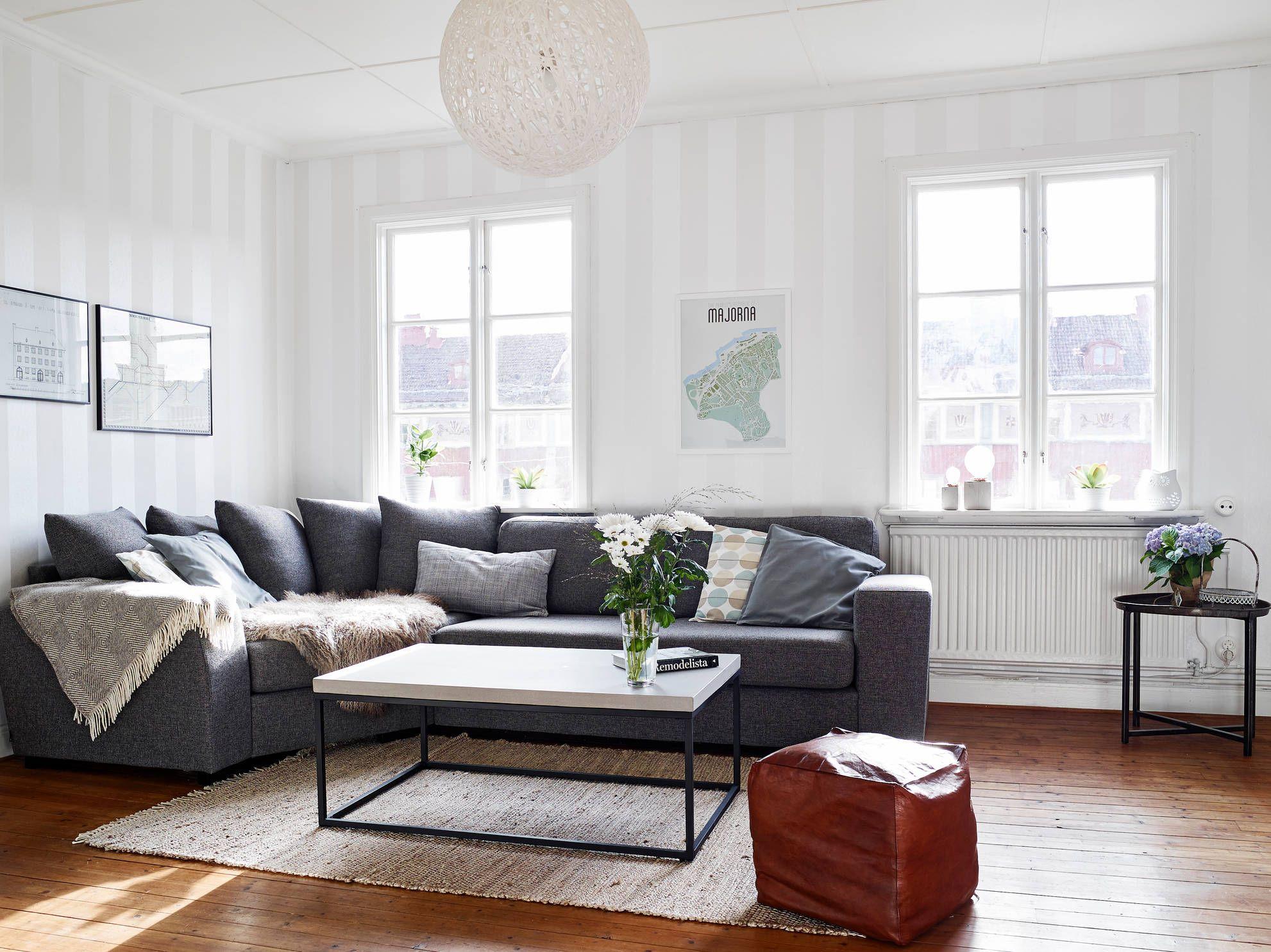 Interiores de pieles y elegancia. Un espacio con una decoración ...