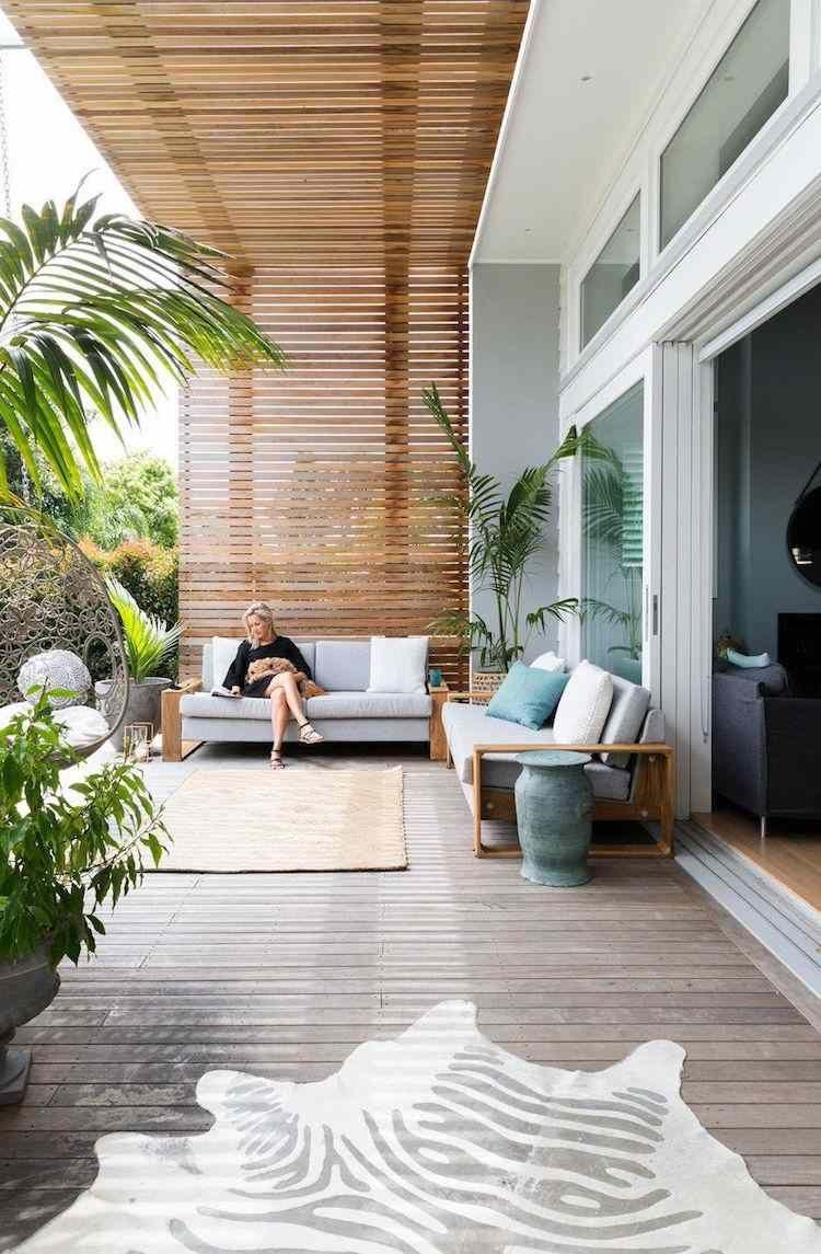 Agreable Espace De Vie Exterieur Terrasse Moderne Pergola Bois Tapis Exterieur Tapis  Zebre #exterior