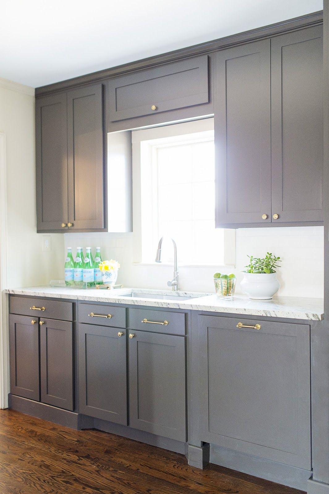 Best Emily Davis Interiors Bianco Toscana Granite Cabinet 400 x 300