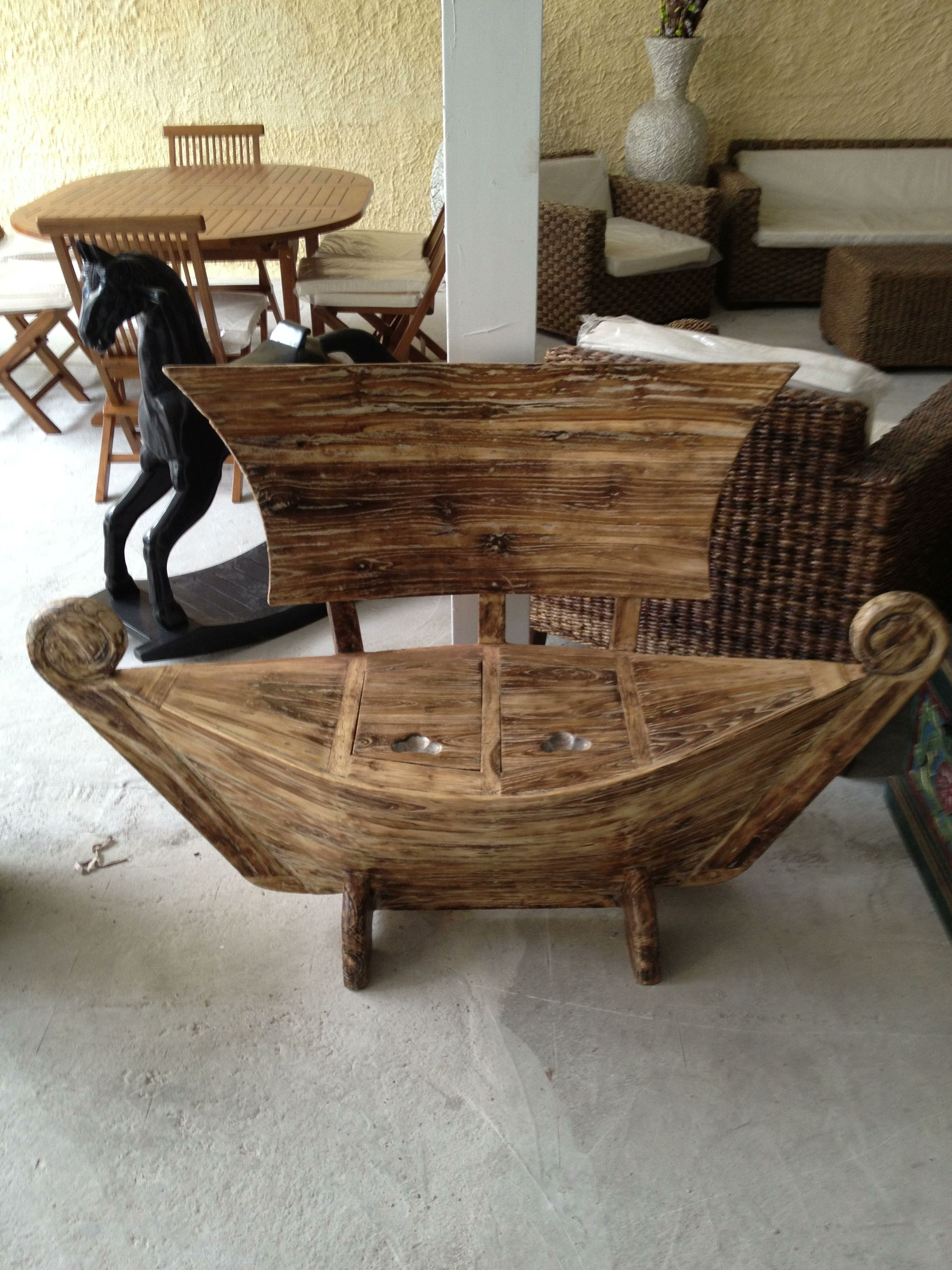 panca in legno con seduta contenitore antarte arredo